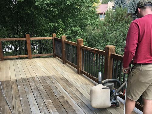 deck-refinshing